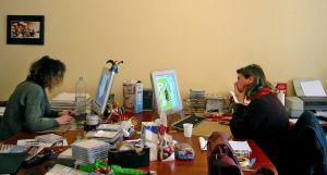uitgevers aan het werk